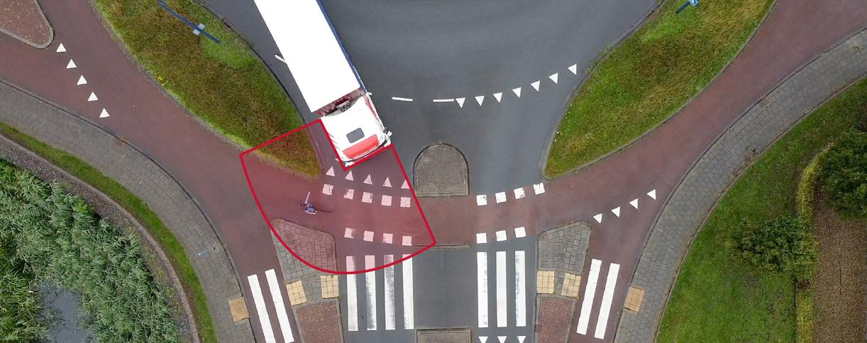 Beter zicht voor wagenpark Transportbedrijf M. den Hollander B.V. met Corner Eye zichtsysteem.